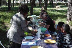 crok midi du 27 avril à table ds parc